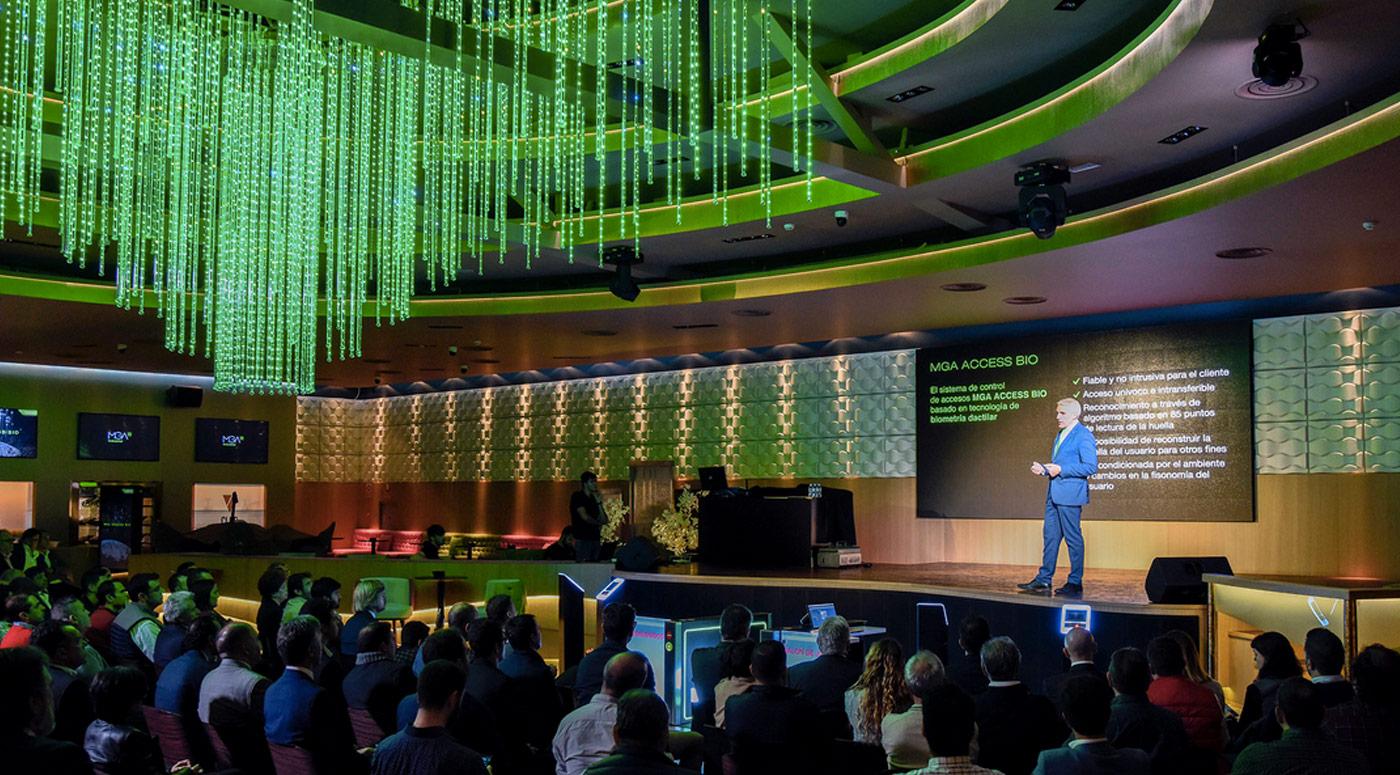 rtur Porta durante su presentación del sistema MGA Access Bio en el V de Vegas de Madrid
