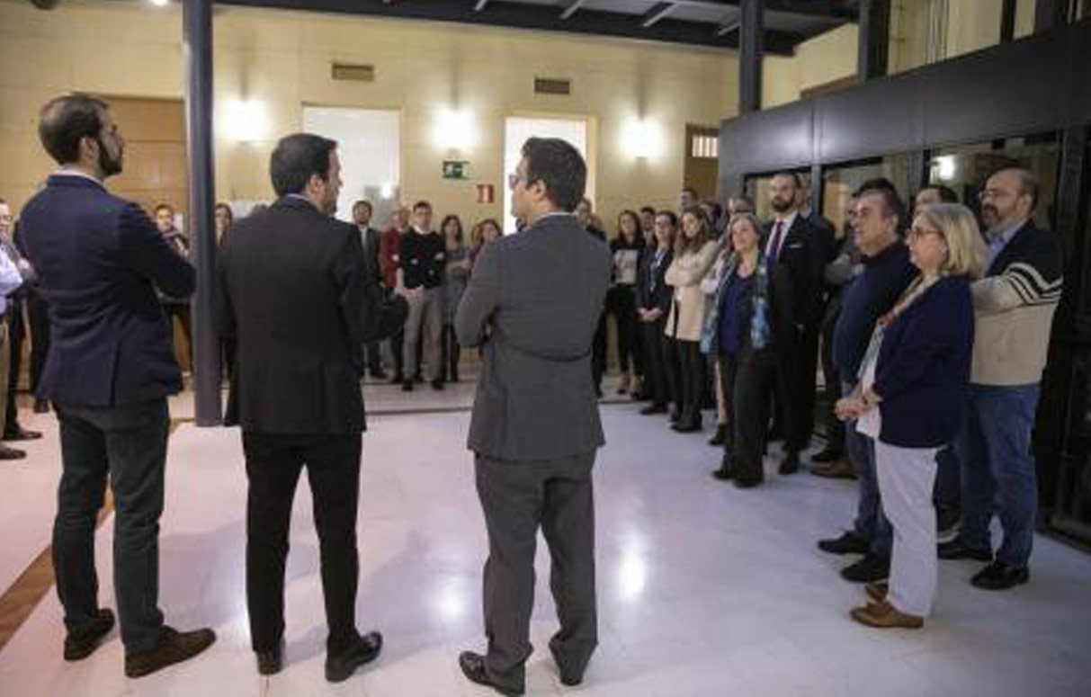 Ministro y personal DGOJ. Autor José Camó